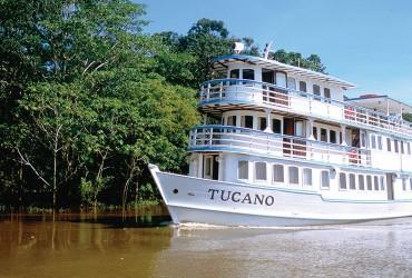 Tucano Motor Yacht, Amazon